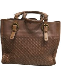 6810b186e427 Bottega Veneta Pre-owned Camel Leather Handbags in Brown - Lyst