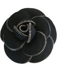 Chanel Spilla in tela nero Camélia