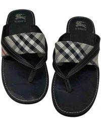 Burberry Leather Flip Flops - Black