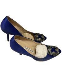 Manolo Blahnik Hangisi Cloth Heels - Blue