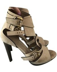 Burberry Leather Heels - Natural