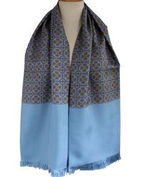 Hermès - Chèches.Echarpes \N en Soie Bleu - Lyst