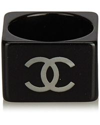 Chanel Ecru Plastic Ring - Black