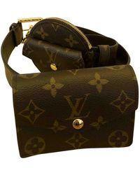 Louis Vuitton Bolsa clutch en lona marrón