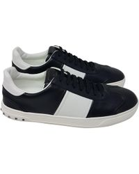 1fad6d4cedb9 Valentino - Pre-owned Rockstud Black Leather Trainers - Lyst