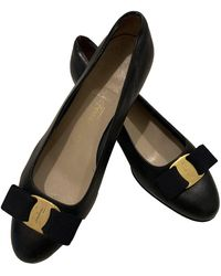 Ferragamo Leather Ballet Flats - Black