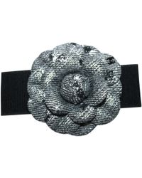 Chanel - Camélia Black Metal Pins & Brooches - Lyst