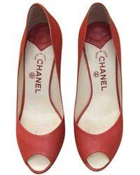 Chanel Scarpe con tacco in pelle rosso