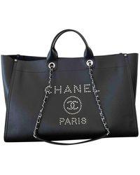 Chanel Borsa a mano in pelle nero Deauville