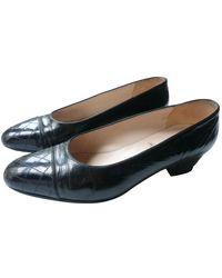 Chanel Escarpins en Cuir verni Noir
