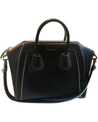 Givenchy Bolsa de mano en cuero negro Antigona