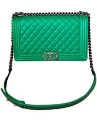 0c32c3df9e3e Chanel - Boy Green Leather Handbag - Lyst