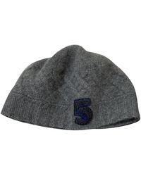 Chanel Cappelli in cachemire grigio