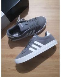 adidas Baskets cuir gris