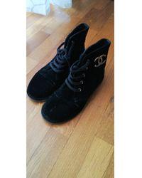 Chanel Bottines & low boots à compensés tissu noir