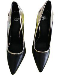 Versace - Escarpins cuir noir - Lyst