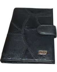 Carven Portefeuille cuir noir