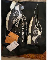 Chanel Baskets caoutchouc gris