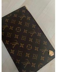 Louis Vuitton - Pochette cuir Neverfull marron - Lyst