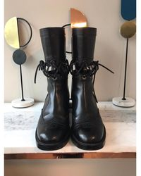 Chanel Bottes motards cuir noir
