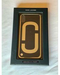 Marc Jacobs Etui iPhone plastique noir