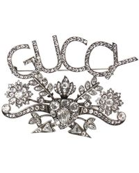 Gucci Logo-shaped Brooch - Metallic