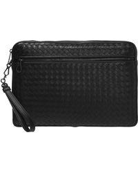 Bottega Veneta Clutch Bag With An 'intrecciato' Braid - Black