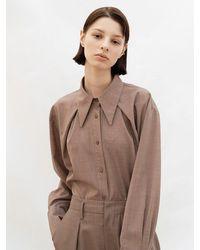 AVA MOLLI Shoulder Point Tuck Long Shirt - Brown