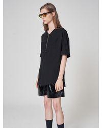 Noirer Half-zipped Short-sleeve T-shirt Black