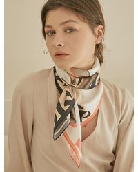MADGOAT Square Scarf Lover - Natural