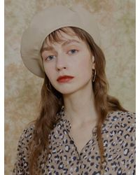 among [us] A Artificial Leather Beret Beige - Natural