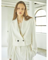 HIDDEN FOREST MARKET Morgan Crop Jacket - White