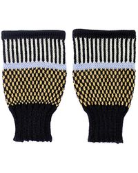 Margot & Me - Short Fingerless Mittens Olive - Lyst