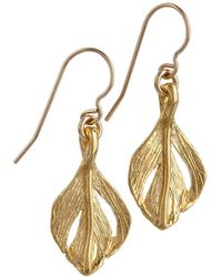 Chupi - Tiny Swan Feather Earrings Gold - Lyst