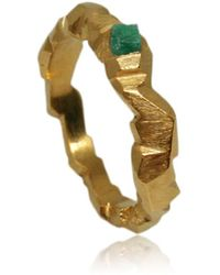 Karolina Bik Jewellery - Carved In The Rock Ring Gold With Emerald - Lyst