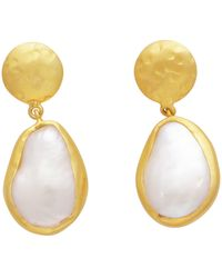 Carousel Jewels - Pearl And Hammered Gold Nugget Earrings - Lyst