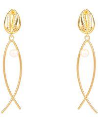 LÁTELITA London Cowrie Puka Shell Pearl Fish Earring Gold - Metallic