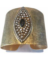Meghna Jewels Evil Eye Cuff Gold - Metallic