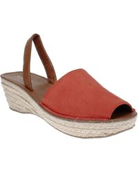 Kenneth Cole Reaction Fine Glass Sandals - Red