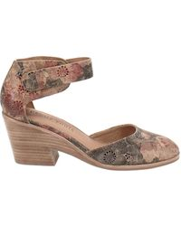 Gentle Souls by Kenneth Cole Blaise Wedge Pumps - Multicolor
