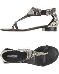 Donna Più Toe Strap Sandal - Gray