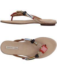 Tosca Blu Toe Strap Sandal - Natural