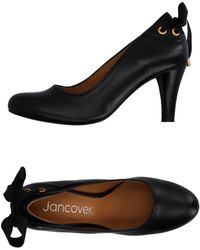 Jancovek Pump - Black
