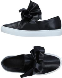 Cedric Charlier Low-tops & Trainers - Black