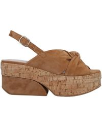 Jeannot Sandals - Brown