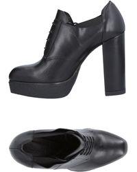 Vic Matié Lace-up Shoe - Black