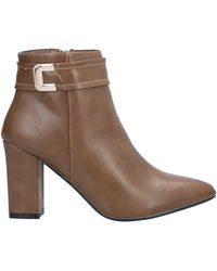 Sexy Woman Ankle Boots - Brown