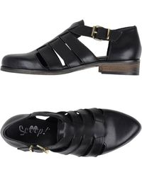 Scoop - Cut-Out Calfskin Shoes - Lyst