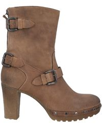 Manas Ankle Boots - Brown