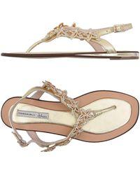 Tosca Blu Toe Post Sandal - Multicolour